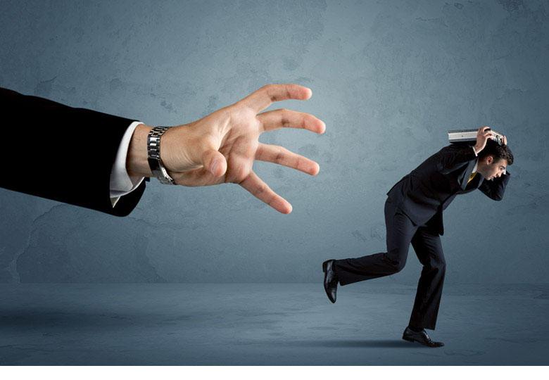 夜逃げを成功させる方法はある? その後に起こりうる生活へのリスクとは|債務整理・借金問題|ベリーベスト法律事務所